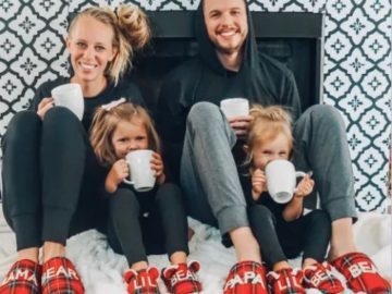 Dear foams Family Photo Slippers Sweepstakes