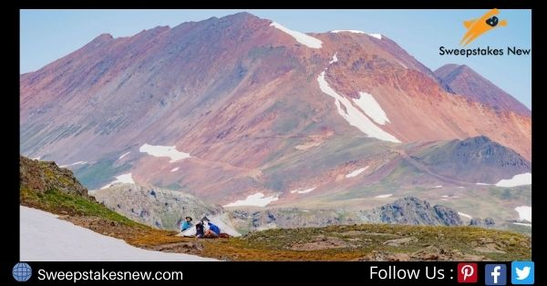 Backpackers Hike It Out Giveaway