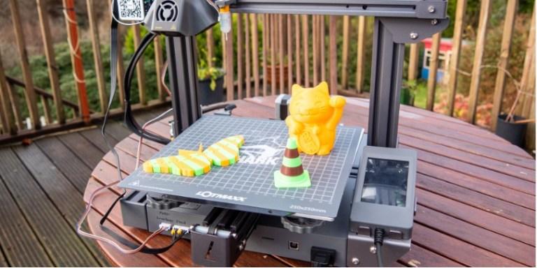 Lotmaxx SC-10 Shark 3D Printer Giveaway